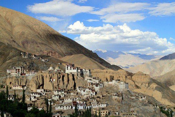 Nordindien-Lamayuru-Kloster-in-Ladakh