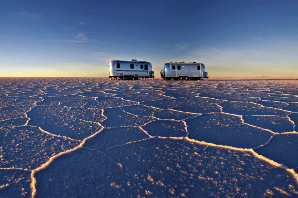 bolivien_Salar_de_Uyuni_air-stream-camper5