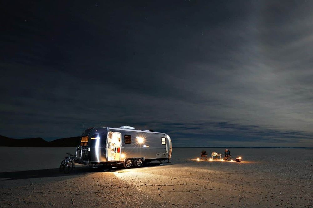bolivien_Salar_de_Uyuni_air-stream-camper9