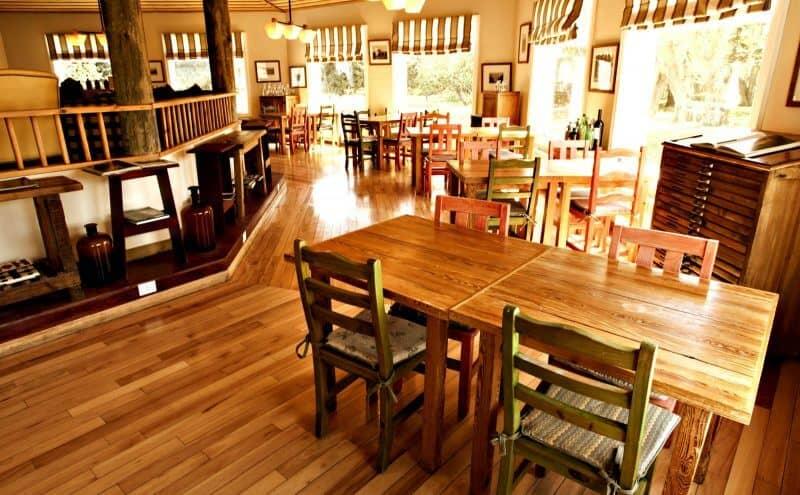 patagonien_lodge_estancia-cristina-restaurant