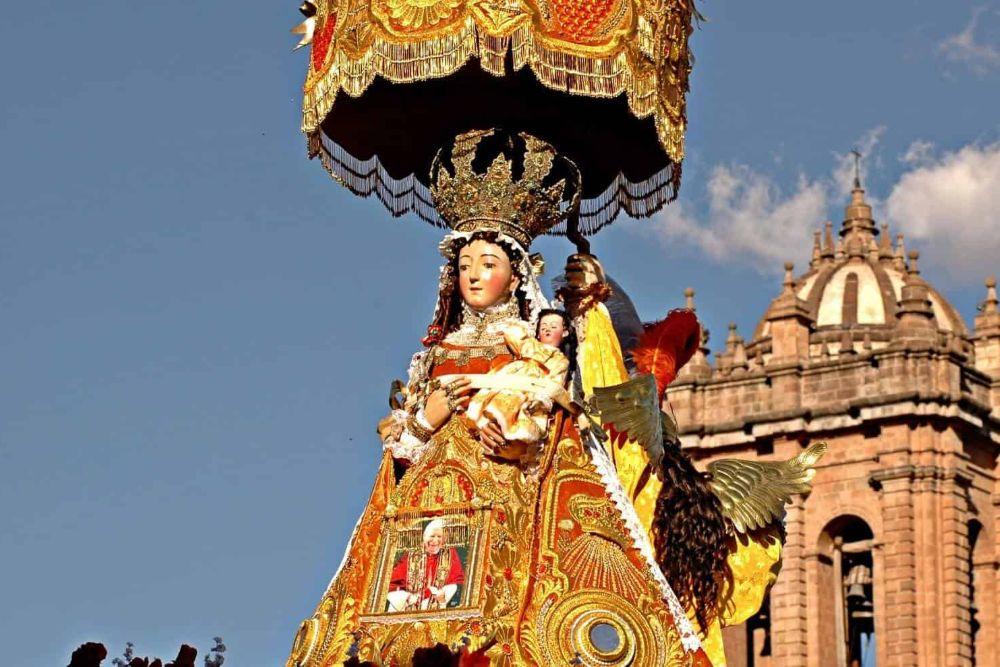 peru_limamaria-statue