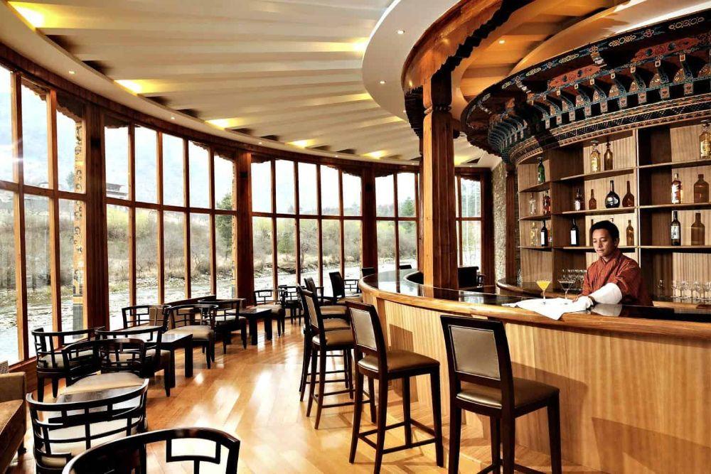 bhutan_terma-linca-hotel-bar
