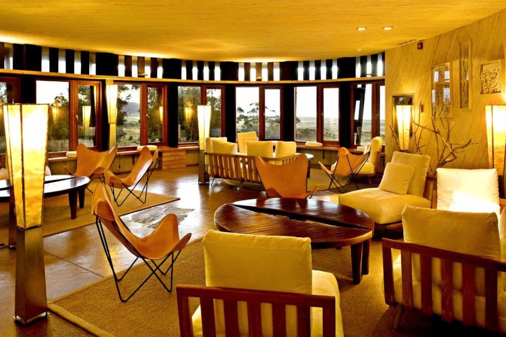 chile_hotel-explora-rapa-nui-lounge