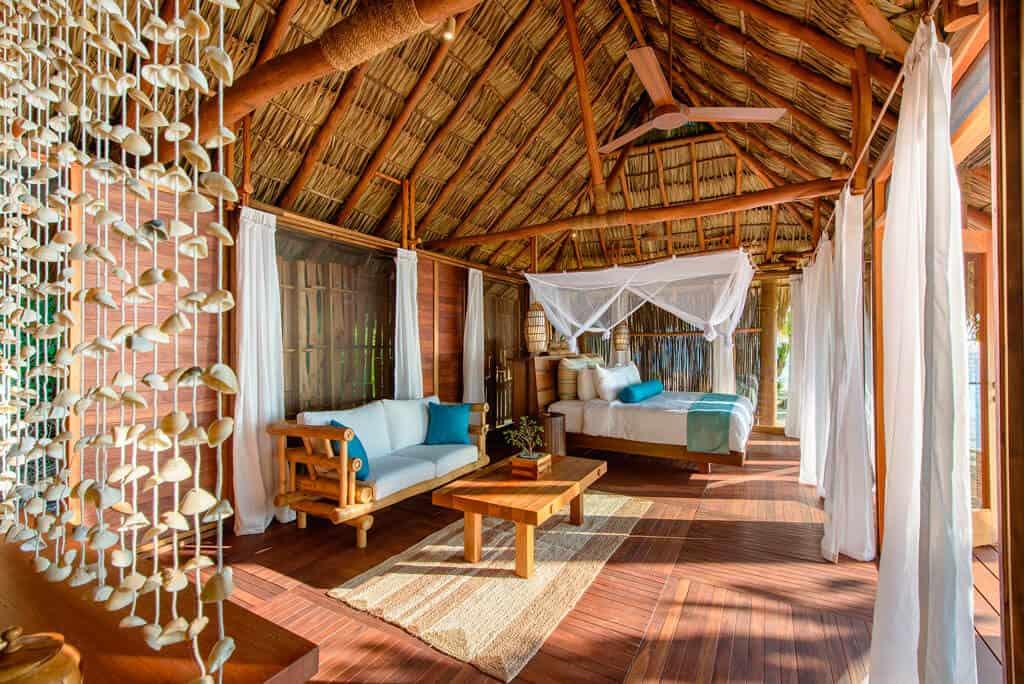 Calala Island Bungalow Zimmer