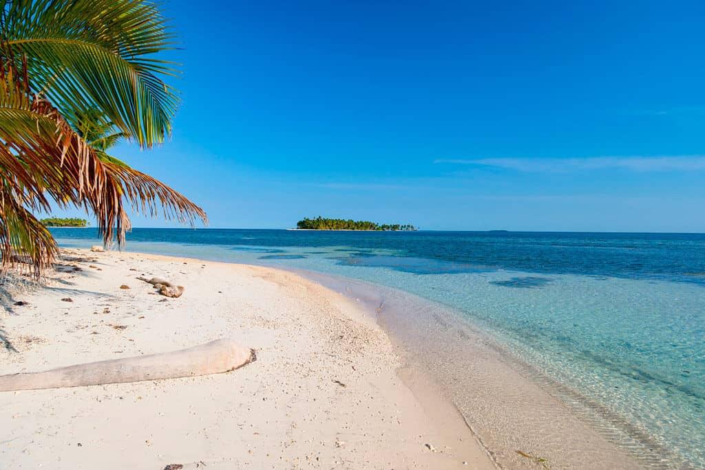 Calala Island Strand