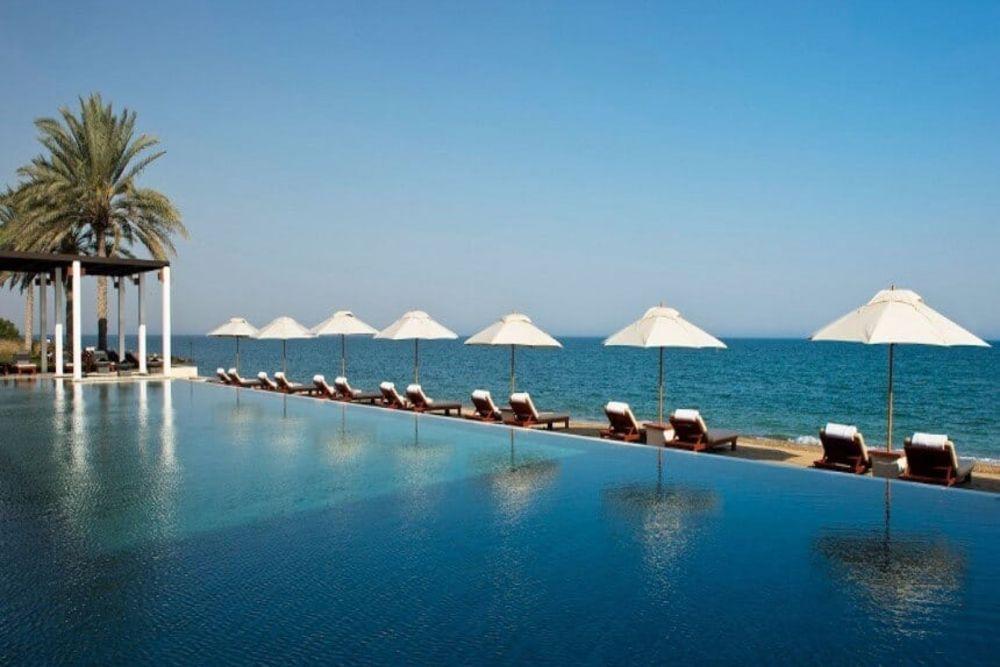 Tauchen-Oman-Muscat-TheChedi-Pool-860-x-576