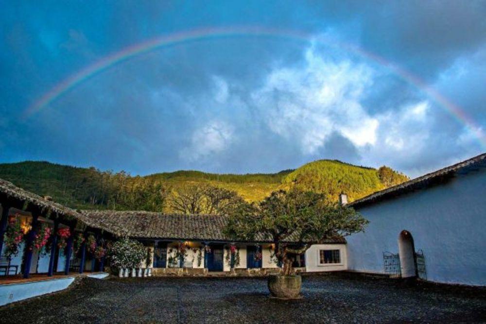 ecuador_hotel-hacienda-zuleta-regenbogen-600x400