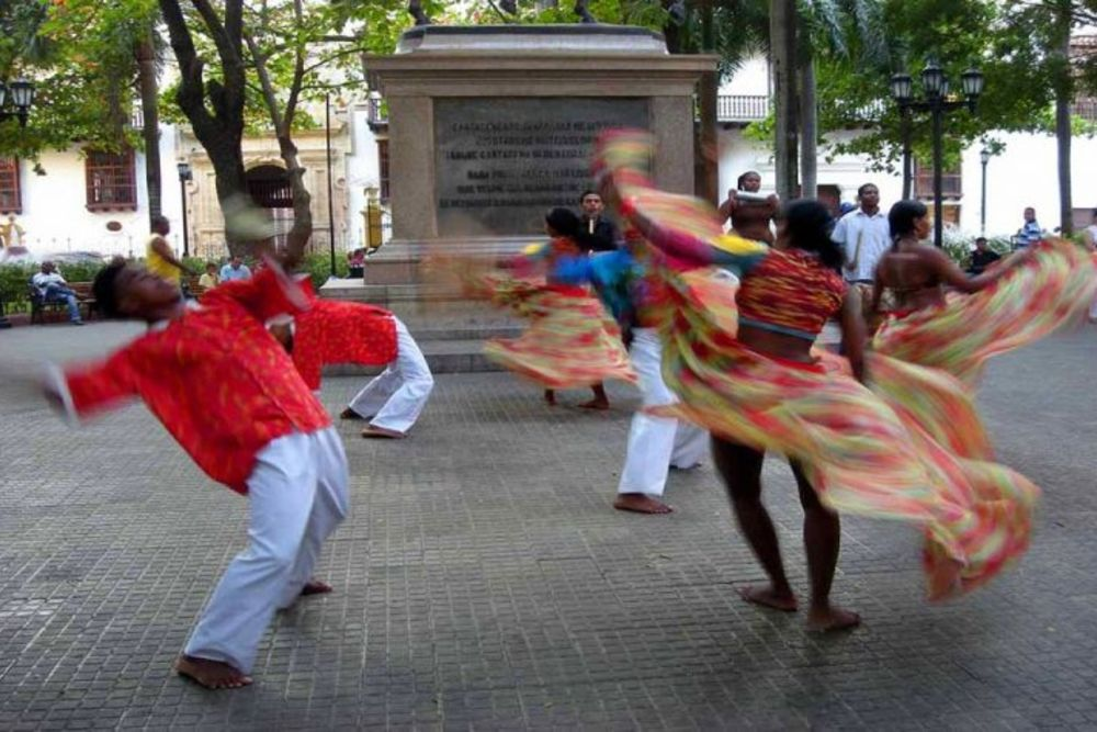 Tänzer-Kolumbien1-768x475
