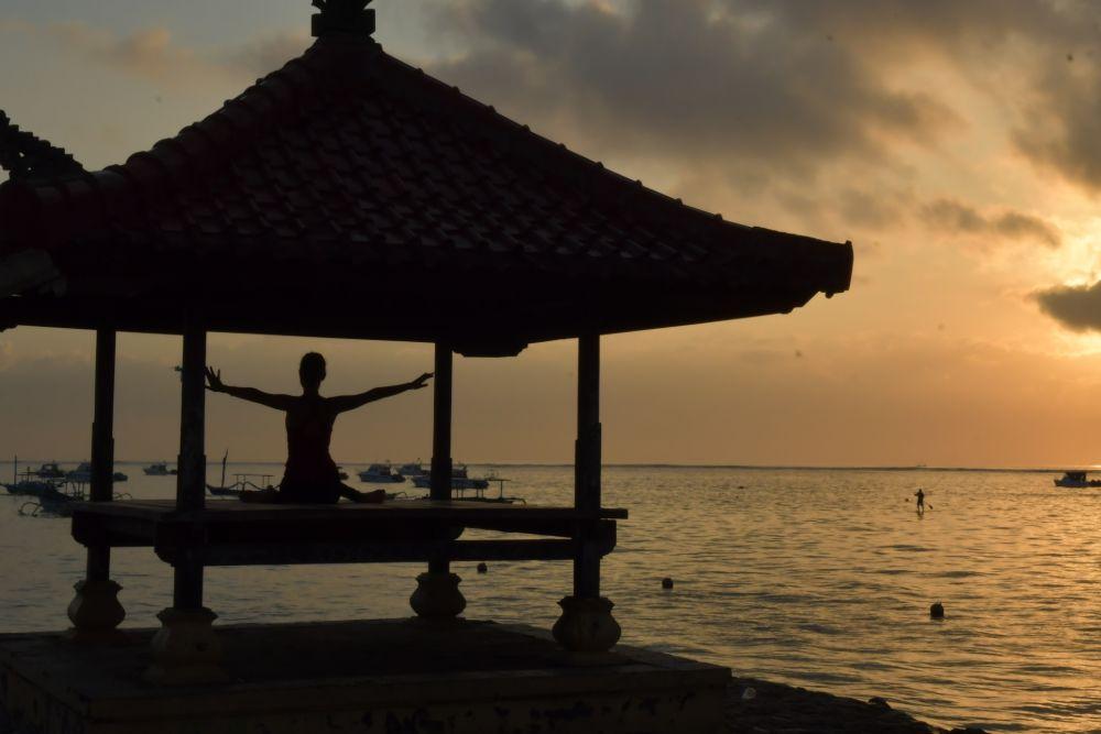 Indonesia_Bali_Yoga Sun Salutation9 (1)