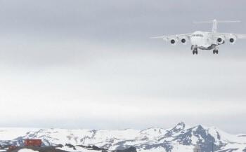 Antarktis_Flug_Anflug