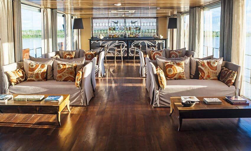 Peru_Amazonas_Kreuzfahrt_Aria_Indoor Lounge